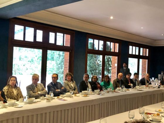 Daniel-Haime-Gutt-Fernando-Eguidazu-Víctor-Hugo-Malagón-conversatorio-union-europea