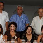 Margarita De los Rios, Adalgiza Frieri, Lola de García, Guiomar de Salas, Lorenzo García, Rodrigo Salas y Amaury Paez.